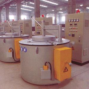 坩埚式电熔化保温炉
